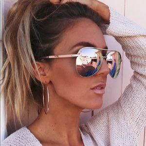 Accessories - 🆕 Aviator Mirrored Sunglasses